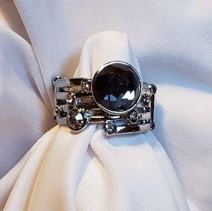 {Paparazzi} ring